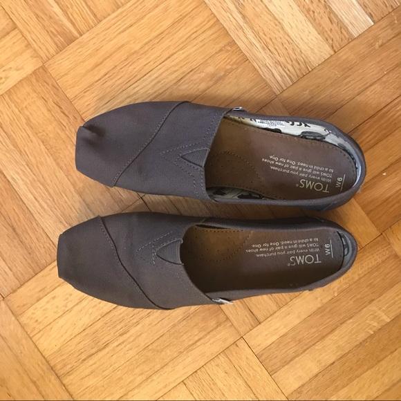 Toms Grey Slip On Flats